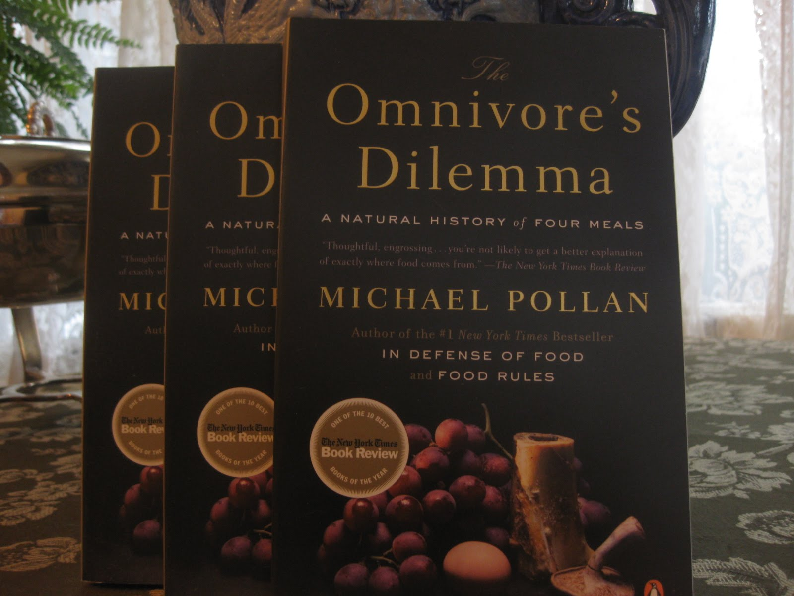 December Giveaway: The Omnivore's Dilemma