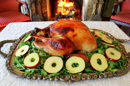 & Tips for Decorating a Turkey Platter