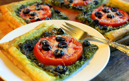 Puff Pastry Pesto Pizza