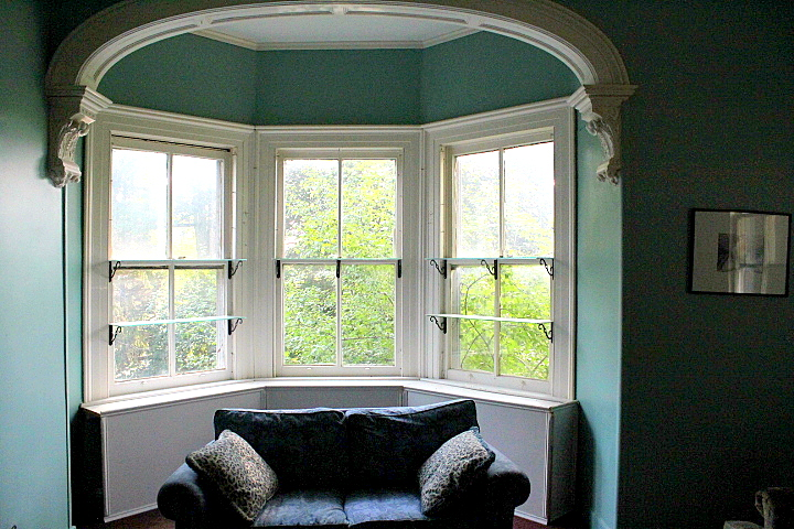 Old House Living: Redecorating the Library