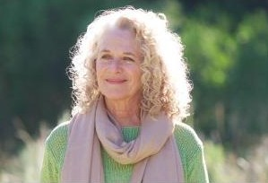 Giveaway:  A Natural Woman: Carole King's memoir