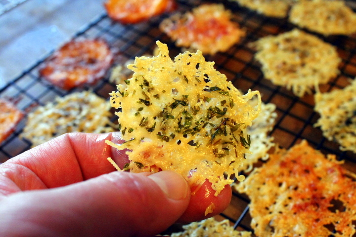 Easy-Peazy Cheese Crackers (GF)