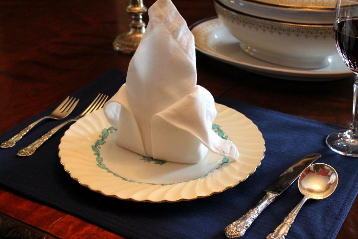 Napkin Folding 101: Fleur de Lis