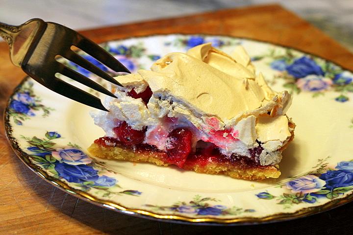 Cranberry Crackle Tart