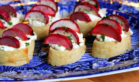 roasted radish crostini
