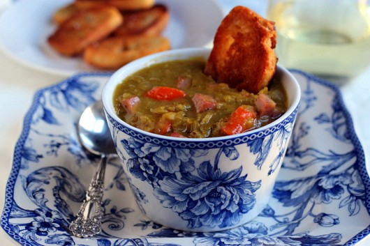 Pea and Pinot Grigio Soup