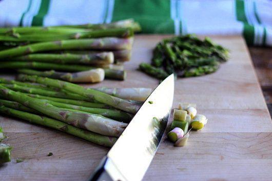 asparagus trim bottoms
