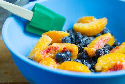 blueberry peach cobbler gently toss fruit 7-29-16