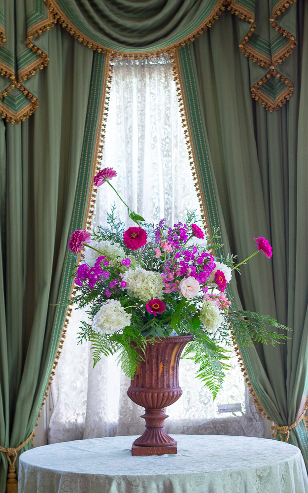 flower arrangement entrance hall 9-05-16