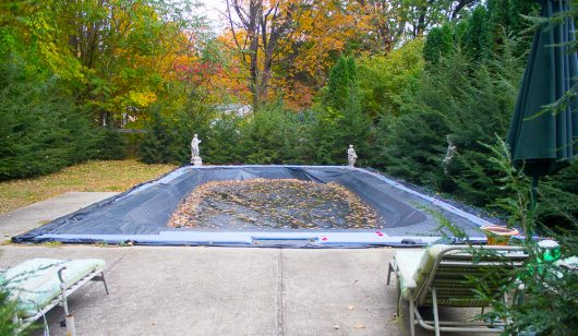 garden-tour-closed-pool-10-17-16