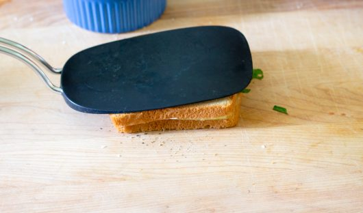 cucumber and mint sandwich: press down on the sandwich to seal it