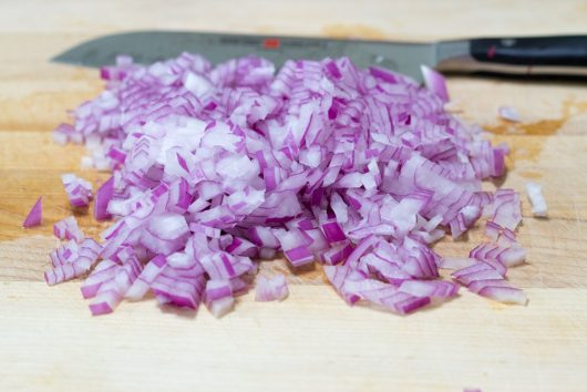 dice the red onion