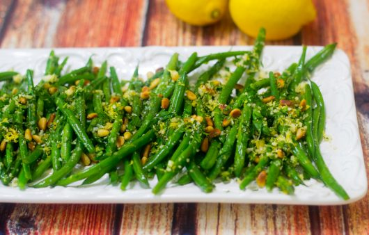 Serving suggestion for Green Beans Gremolata