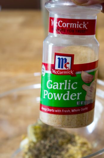 the garlic powder for Crispy Sheet Pan Chicken