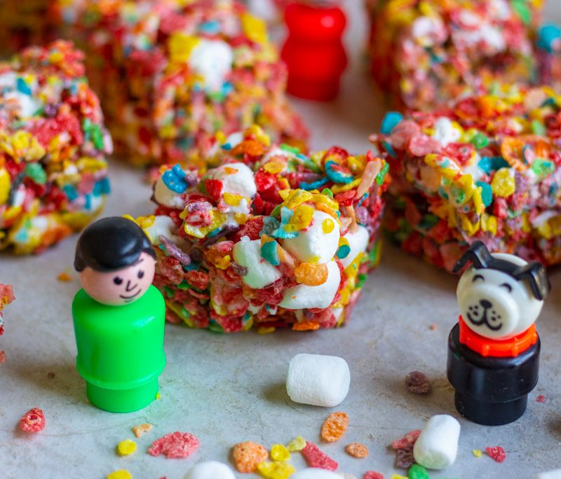 Fruity Pebbles Bars