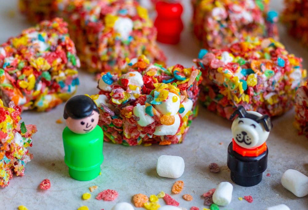 Fruity Pebbles Bars